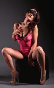Stripperin Amy für Nürtingen günstig mieten